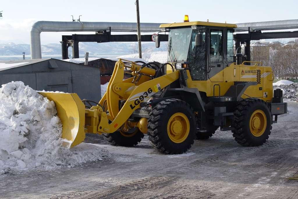 Купить лопаты для уборки снега fiskars